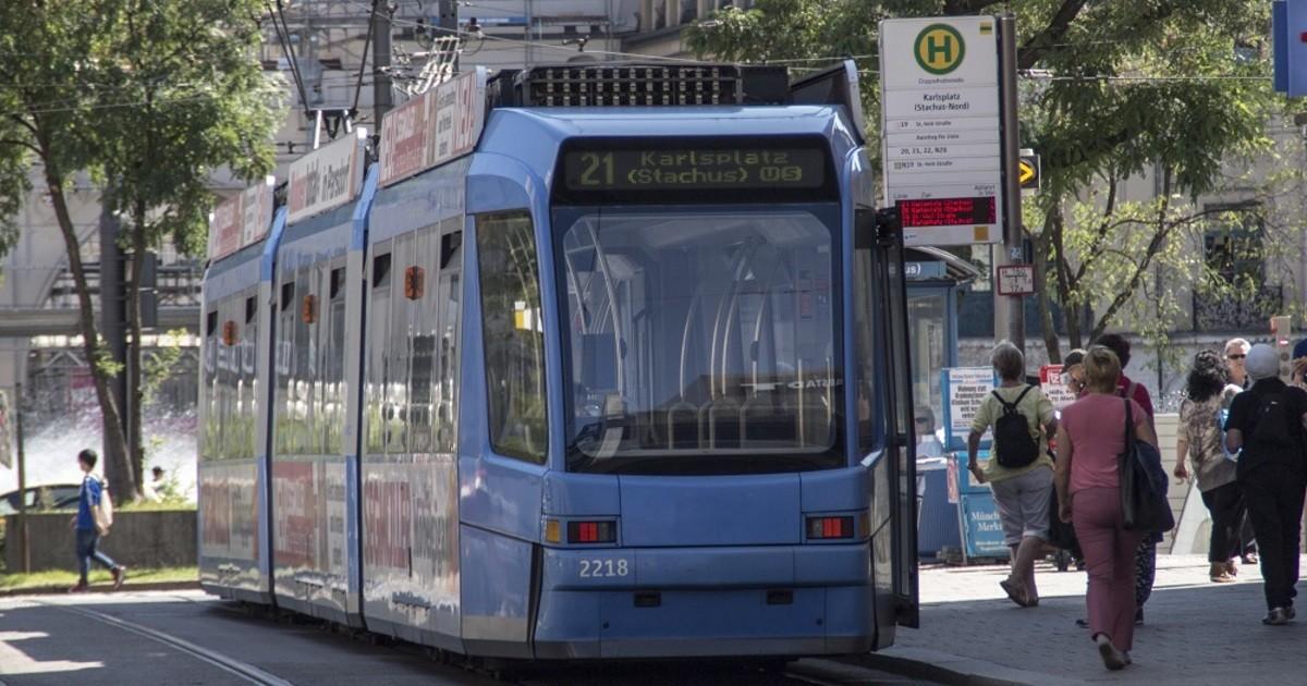 achtung tram fahrer vollsperre am stachus wegen. Black Bedroom Furniture Sets. Home Design Ideas