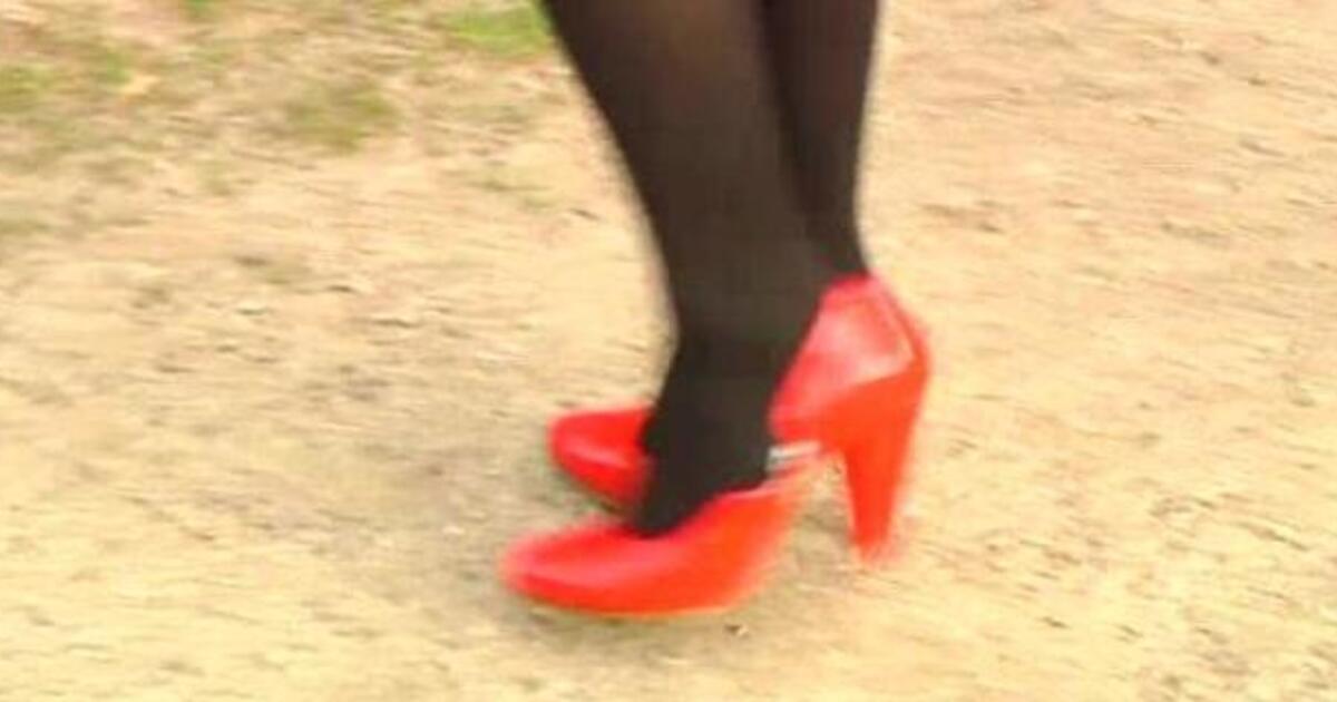 geschlechtsverkehr mit 16 prostituierte auf english