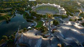 Olympiazentrum mit Festival, © Das komplette Olympiazentrum - Foto:  Dirk Schiff/Portraitiert.de