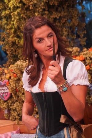 Marion Schieder Wiesn Oktoberfest teaser 2014