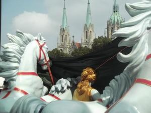 Oktoberfest 2014 Marstall Quadriga
