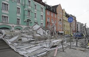 Baugerüst umgestürzt Ismaninger Straße München, © Foto der Berufsfeuerwehr München