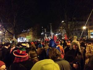 demonstrationen muenchen ist bunt bagida am sendlinger tor
