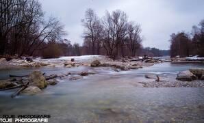 Die Isar im Winter München, © Die Isar im Winter - Foto: TOJE Photografie
