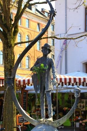 Karl Valentin Brunnen am Viktualienmarkt