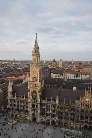 Rathaus auf dem Marienplatz aus der Luft, © Ist der Marienplatz nicht ein Traum? Foto: Zura aus München