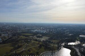 Der Olympiapark von oben. Eine Aufnahme aus der Luft, © Foto: Zura aus München