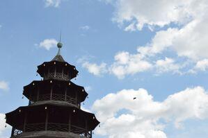 Der Chinesische Turm im Englischen Garten., © Der Chinesische Turm im Englischen Garten. Foto: Zura aus München