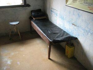 So sieht ein Behandlungszimmer in Nepal aus, © Behandlungszimmer in Kathmandu - Foto: Medizinisches Katastrophen-Hilfswerk