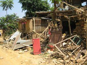 Siedlung nach Erdbeben in Nepal, © Das Erdbeben hat viele Existenzen in Nepal zerstört - Foto: Medizinisches Katastrophen Hilfswerk