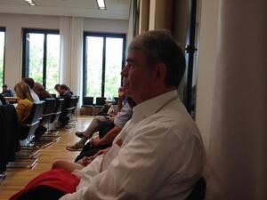 Gustl Mollath beim Haderthauer Untersuchungsausschuss, © Auch Gustl Mollath sieht sich das Geschehen an