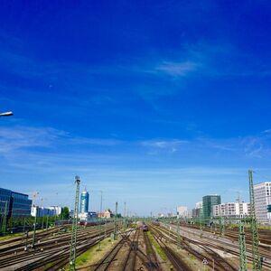 Schienen Bahnhof München, © Blick über den Bahnhof - Foto:  Dirk Schiff/Portraitiert.de