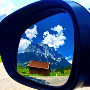 Die Alpen im Rückspiegel, © Die Alpen aus einer anderen Perspektive - Foto:  Dirk Schiff/Portraitiert.de