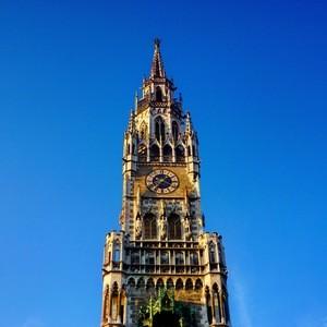 Das Neue Rathaus in München , © Der Rathausturm  - Foto:  Dirk Schiff/Portraitiert.de
