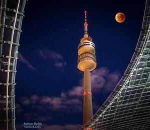 © Blutmond über München - Bild: Andreas Bedity Photography