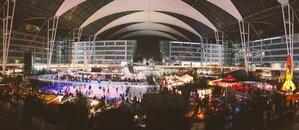 Wintermarkt Flughafen große halle mit schlittschuhbahn , © Foto Wintermarkt Flughafen