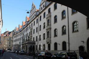 Burgstraße in München mit alten Gebäuden, © Burgstraße in München