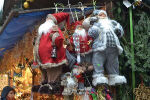 © Weihnachstdeko auf dem Christkindlmarkt auf dem Marienplatz in München