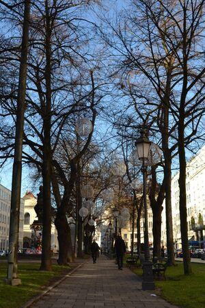 promenadeplatz vor bayerischem hof, © Promenadeplatz