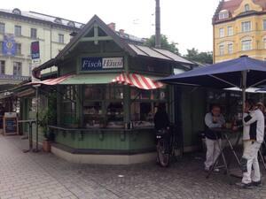 Wiener Platz, Buden, Marktstände, München, © Stadt reißt Marktstände am Wiener Platz ab.