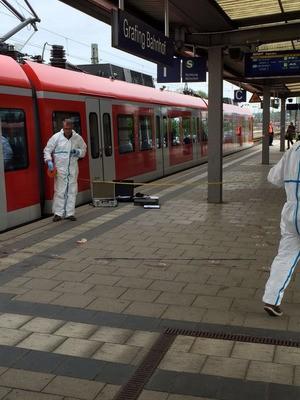Ermittler sichern Spuren am Grafinger Bahnhof