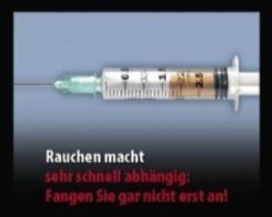 """Bild mit Spritze und der Beschriftung: """"Rauchen macht sehr schnell abhängig: Fangen Sie gar nicht erst an!"""", © Europäische Kommission"""