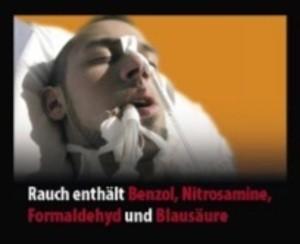 """Bild mit Patienten und der Aufschrift: """"Rauch enthält Benzol, Nitrosamine, Formaldehyd und Blausäre"""", © Europäische Kommission"""