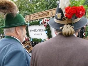 bayerische Trachtenhüte mit Gamsbart