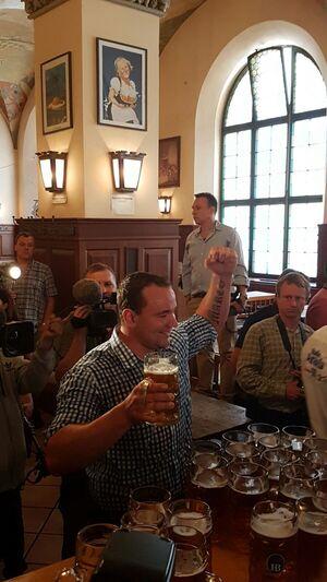 Maßkrug, Bierkrug, Weltrekord, © Matthias Völkl hat einen neuen Weltrekord aufgestellt