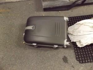 Der Koffer, in dem sich das Marihuana befunden hat, © Foto: Zoll