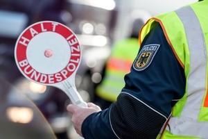 Bundespolizei Haltezeichen, © Foto: Bundespolizei