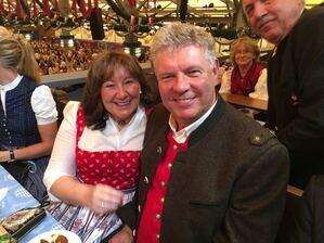 © Oberbürgermeister Dieter Reiter mit seiner Frau Petra