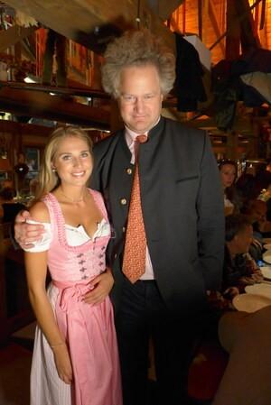 Oktoberfest 2017: Wiesn-Promis:, © Fanny mit Florian Henckel von Donnersmarck, Filmregisseur