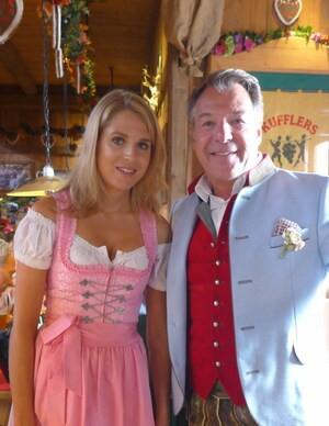 © Oktoberfest 2018: Fanny Werther mit Sänger Patrick Lindner im Weinzelt auf der Wiesn.