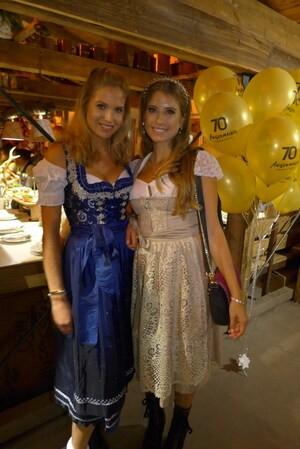 Die Promis feiern auf dem Münchner Oktoberfest, © Cathy Hummels