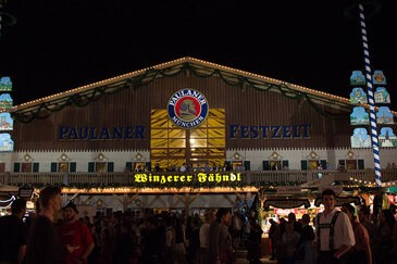 Oktoberfest München Winzerer Fähndl Festzelt Paulaner Wiesn, © Rico Güttich / münchen.tv