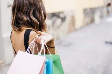 Shopping, Tüten, © Symbolbild