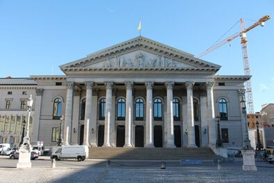 Staatsoper von vorne, © Bayerische Staatsoper