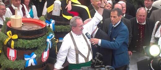 Ozapft Christian Ude eröffnet Oktoberfest