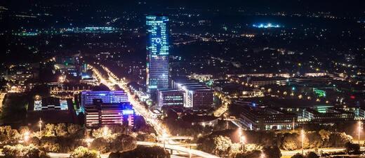 München aus der Luft bei Nacht, © München aus der Luft bei Nacht -Bild: Andreas Bedity Photography