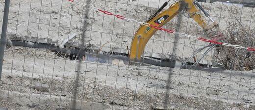 Baggerarm auf einer Baustelle, © Baggerarm auf einer Baustelle