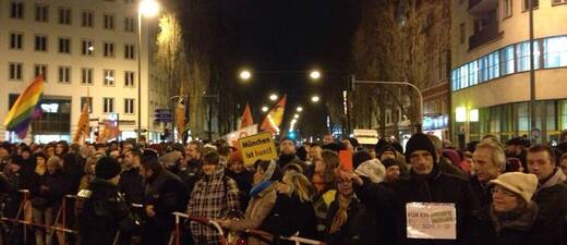 demo muenchen ist bunt gegen pegida bagida, © Symbolfoto einer Demo in München