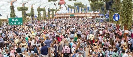 Oktoberfest: Im Festzelt