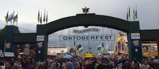 Haupteingang zum Oktoberfest