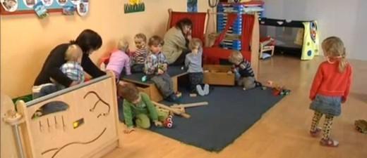 Kita, Kindergarten, Betreuung, Kind, Kinder, spielen, © Familien sollen finanziell entlastet werden