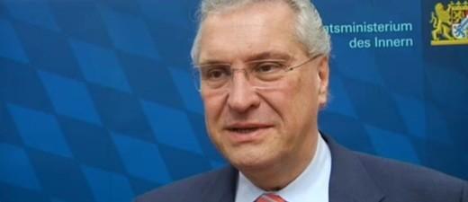 Joachim Hermann - Bayerischer Innenminister, © Joachim Herrmann im Interview mit münchen.tv