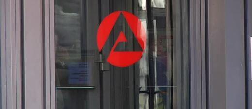 Arbeitslose, arbeitslos, Hartz IV, Arbeitsamt, © Viele Stellen in Bayern sind noch frei.