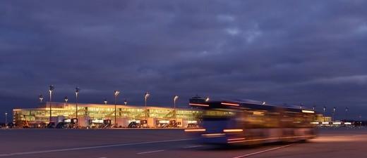 Der Flughafen München bei Nacht, © Flughafen München