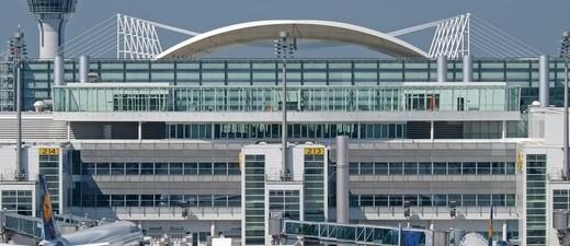 Münchner Flughafen bei gutem Wetter