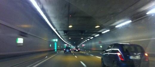 Tunnel, Auto, PKW, Autofahrt, © Unfall im Richard-Strauss-Tunnel